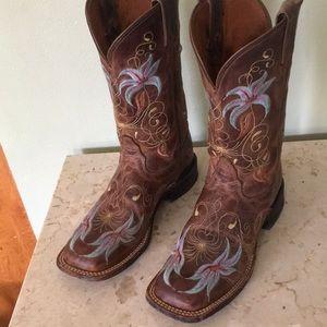 Tony Lama Shoes - Tony lama square toe cowboy boots